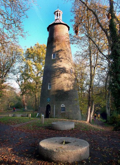 The Shot Tower, Crane Park