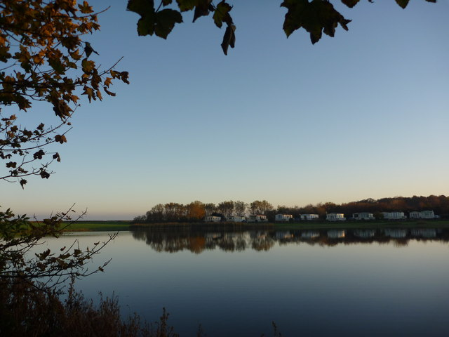 Coastal East Lothian : An Autumn Morning at Seafield Pond, Belhaven