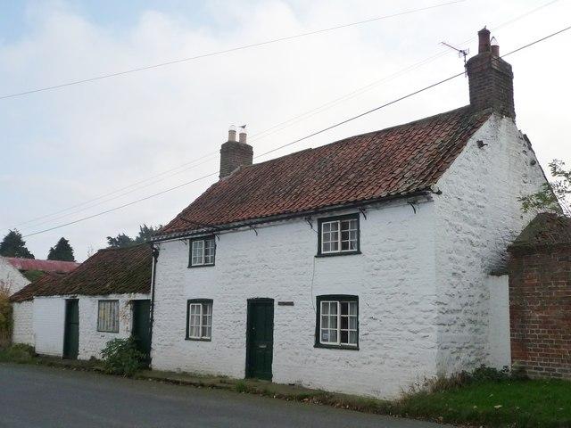 House with Yorkshire sash windows, Folkton