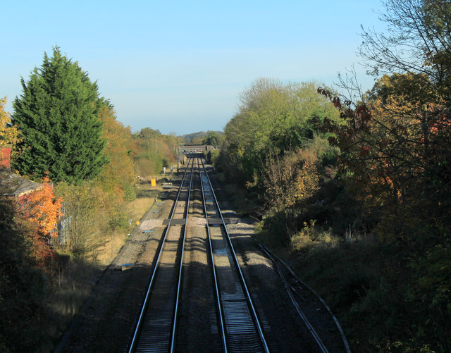 2011 : Main railway line between Paddington and South Wales