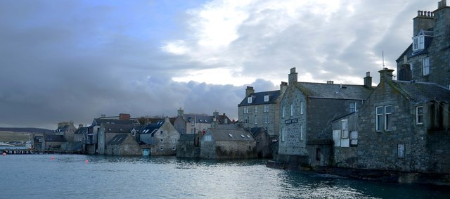 Lerwick's old waterfront : The Lodberrie