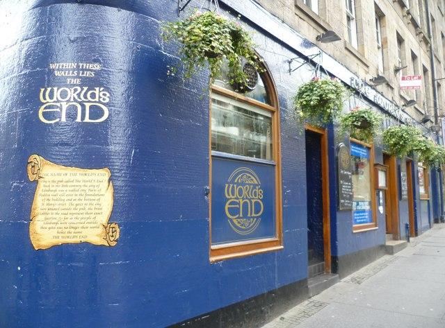 The World's End pub, High Street