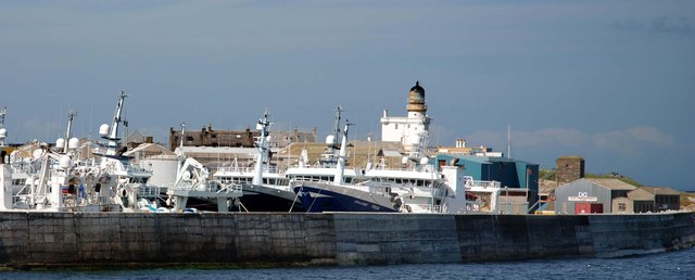 Fraserburgh breakwater and lighthouse