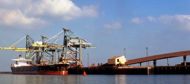 Japanese bulk carrier discharging iron ore