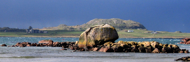Granite Erratic at Fionnphort