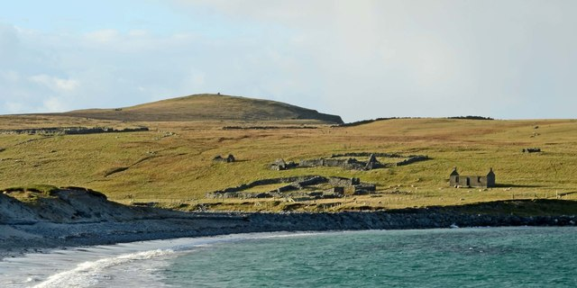 Abandoned crofts at Minn