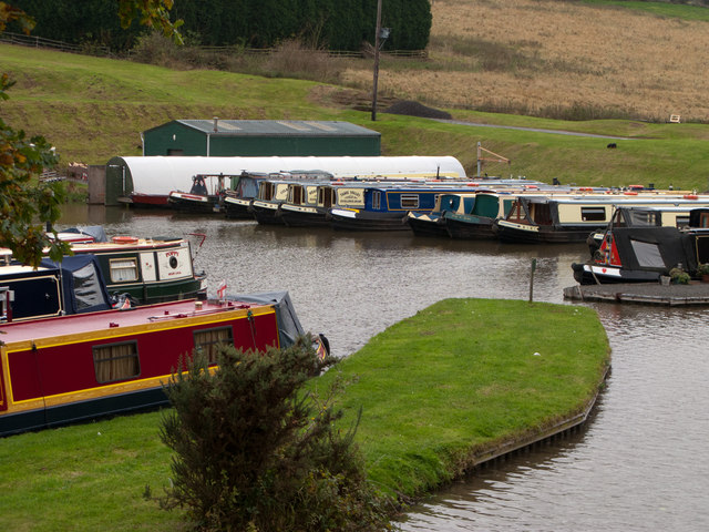 Boatyard beside Coventry Canal