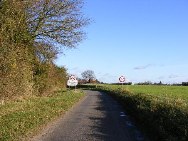 Entering Syleham on Hoxne Road