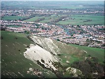 TQ5802 : Chalk outcrop at Tas Combe by Oast House Archive