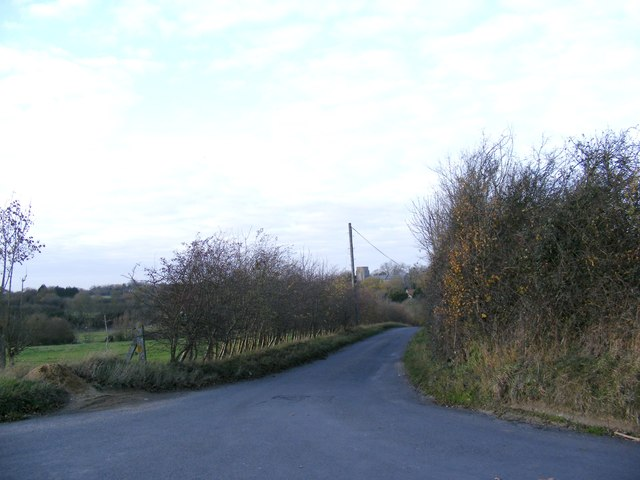 The Road to Wingfield College & Barns