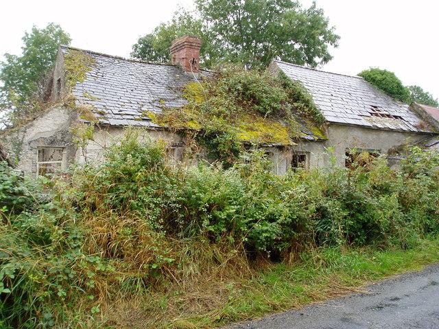 Derelict cottage at Mohober