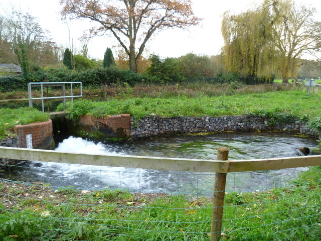 Sluice from the Itchen Navigation