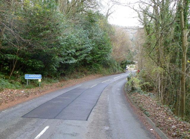 A466 descends into Llandogo