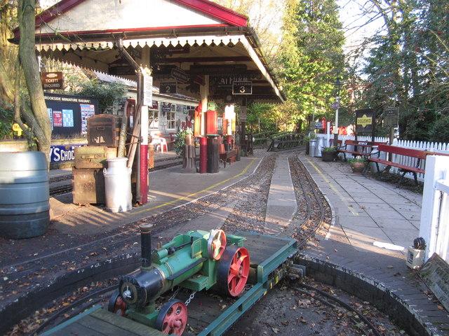 Superieur Brookside Miniature Railway, Brookside Garden Centre