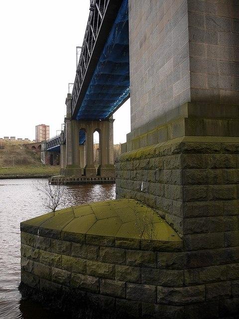 King Edward VII Bridge from north bank of River Tyne