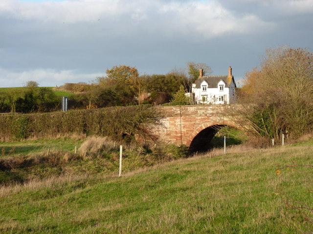Bolas bridge - over the River Meese