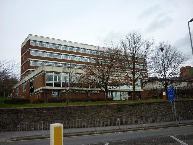 The Royal Gwent Hospital Newport 169 Ian S Cc By Sa 2 0 Geograph Britain And Ireland