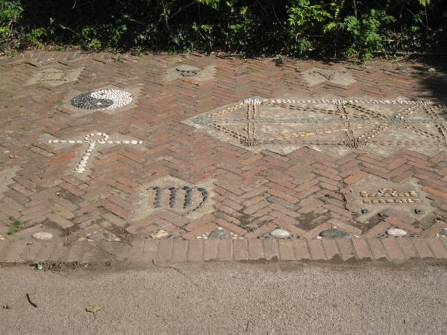 Decorated parking space, Ringmore
