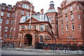 TQ2982 : University College Hospital General Block by N Chadwick