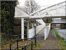 TQ1883 : Access from towpath to bridge 11aa - Alperton by David Hawgood