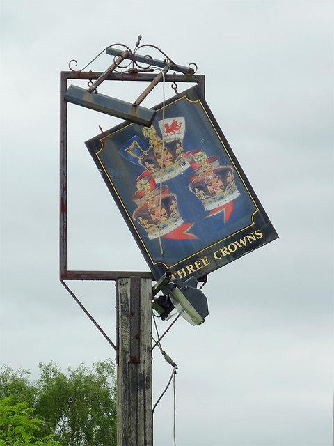 Derelict sign to derelict pub, Walsall