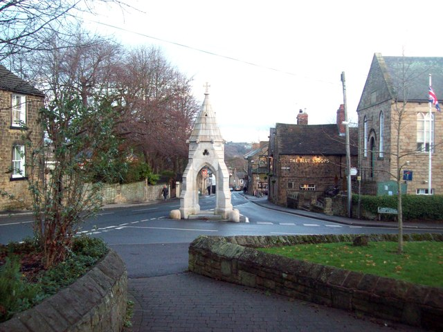 Monument on High Street in Dronfield