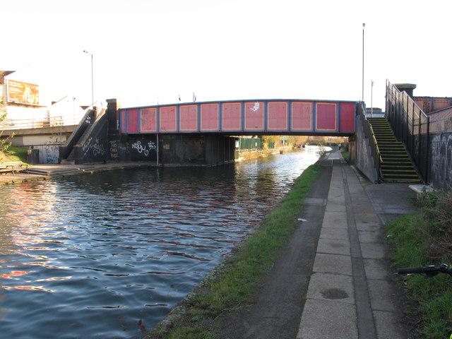 Bridge 6 Paddington Arm - Scrubs Lane