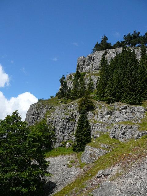 Limestone crags (Craig y Forwyn) at World's End