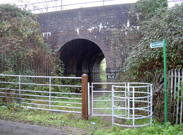 Railway bridge in South Liberty Lane