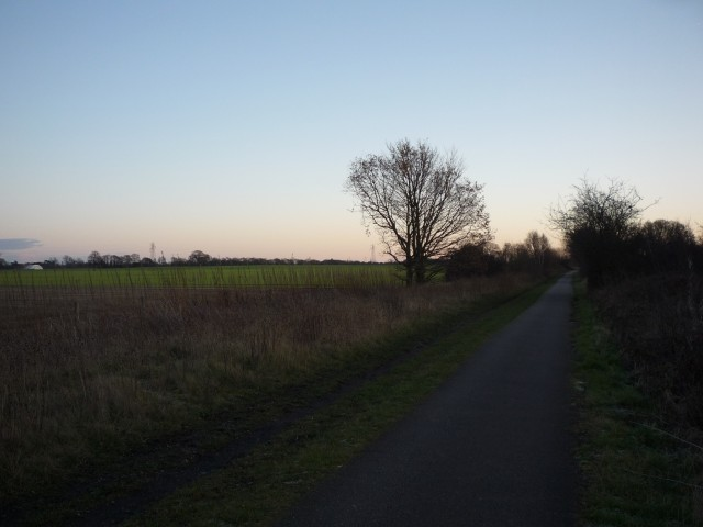 Cycle path to Selby
