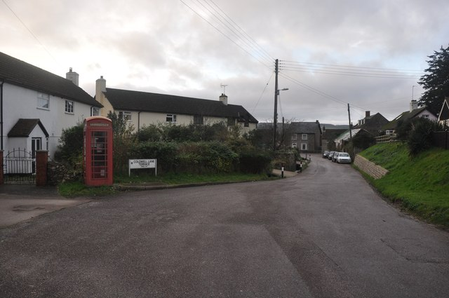 Axmouth : Chapel Street