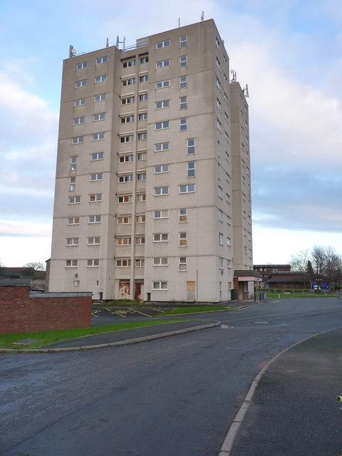 manor heights  hadley  u00a9 richard law cc 2 0