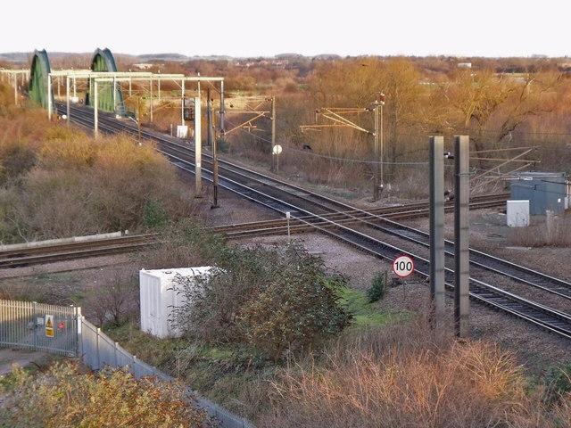 Newark flat rail crossing