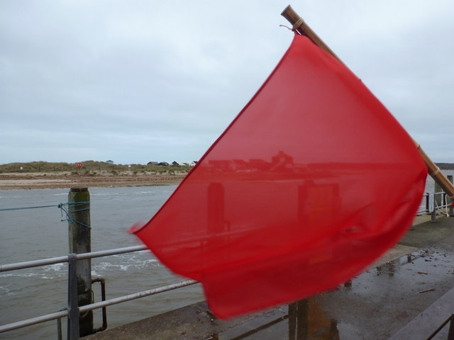 Mudeford: red flag by The Run