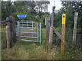 TL1350 : Footpath crossing NCN51 by Robert Kerr