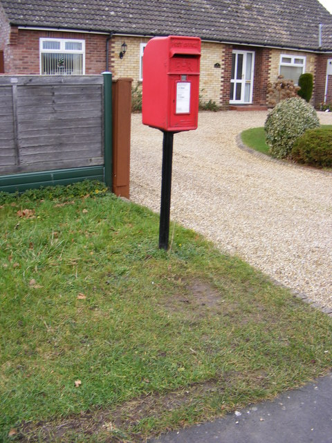 Stratton/Waterloo Road Postbox
