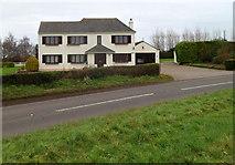 ST6288 : Charlwood, Alveston by Jaggery