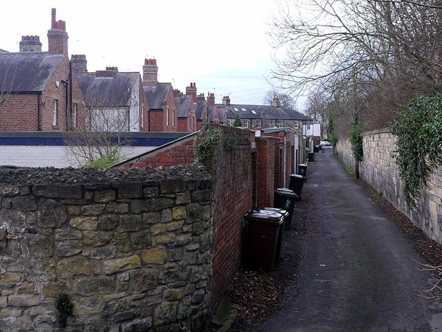 Lane at rear of Stephenson Terrace