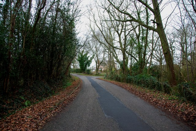Heading towards a junction in Crateford Lane
