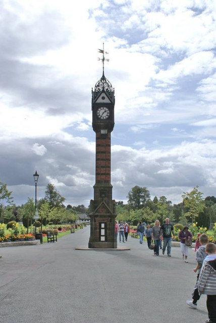 Queen's Park, Clock In Crewe
