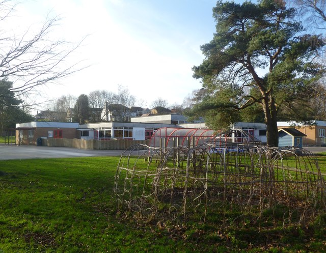 Corfe Mullen, Rushcombe First School