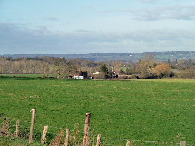 View towards Ensfield Farm Cottages