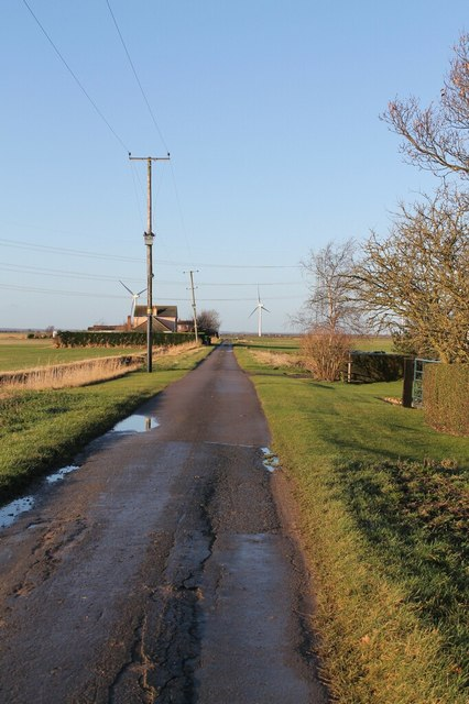 South Drove or Ing Road, towards The Haven