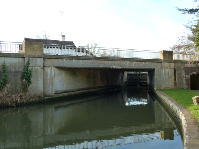 Bridge 11, Grand Junction Canal - A5