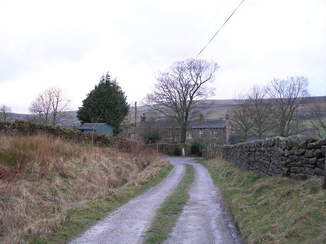 Pennine Way approaching Buckley Farm
