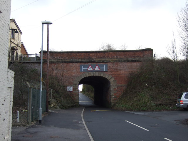 Railway bridge over Barwick Road