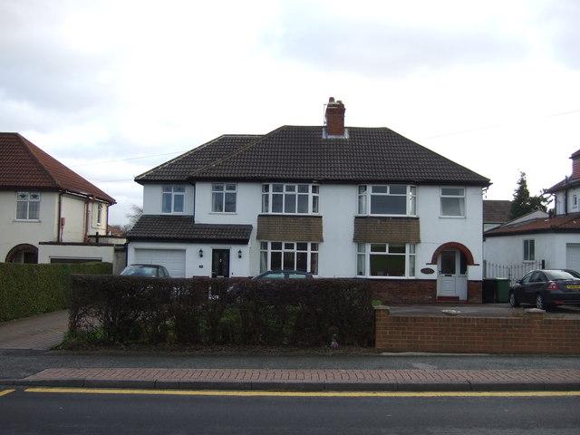 Houses on Wakefield Road