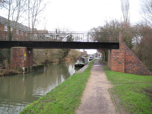 Coventry Canal: Former Wyken Colliery Mineral Railway bridge