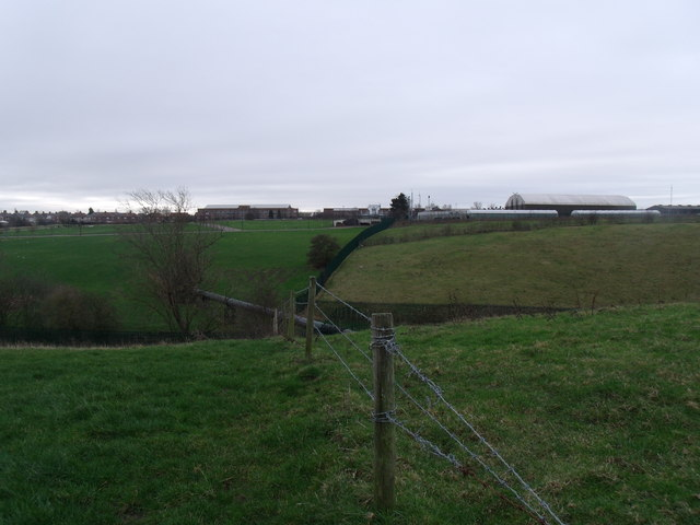 Looking towards Pyms Lane