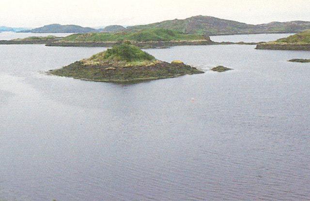 Small islands, Badcall Bay